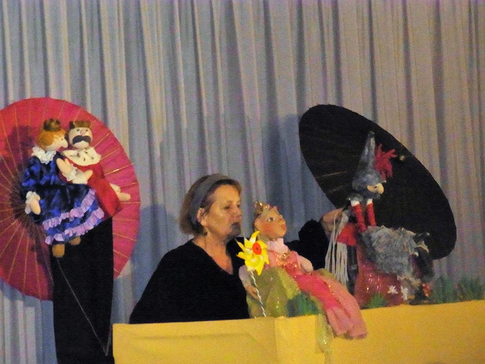 Eva Spilker und das Regenbogen-Theater im Rathaus Langwedel