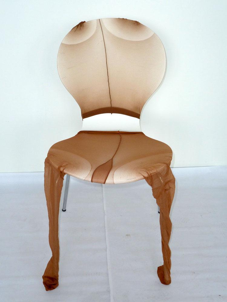 Ruth Bleakley-Thiessen - Verkleideter Stuhl bei Kunoweb